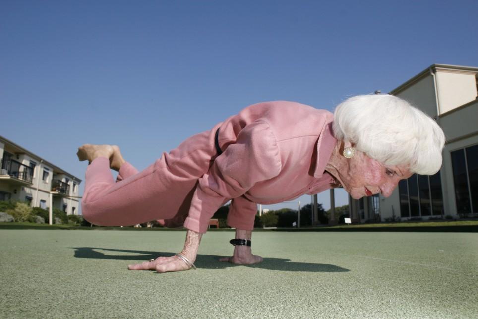 ouderen aan het werk